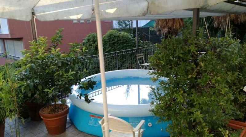 piscina balcone
